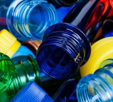Il GSE punta ad un futuro plastic free: via le bottiglie di Plastica in sei mesi